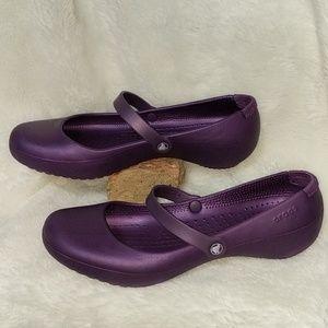 Crocs Mary Jane style